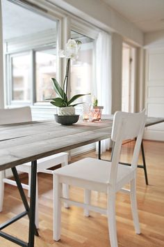 Want to do this too! Selfmade dining table. such a good idea.