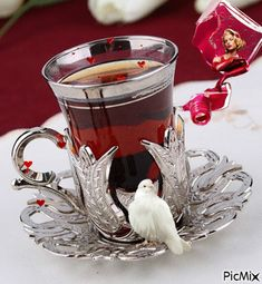 The perfect GoodMorning Dove Hearts Animated GIF for your conversation. Discover and Share the best GIFs on Tenor. Coffee Gif, Coffee Images, Coffee Love, Good Morning Coffee, Good Morning Gif, Turkish Tea, Turkish Style, Tea Glasses, Beautiful Gif