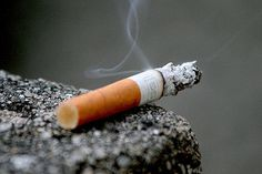 Quit Smoking Tips. Kick Your Smoking Habit With These Helpful Tips. There are a lot of positive things that come out of the decision to quit smoking. You can consider these benefits to serve as their own personal motivation Help Quit Smoking, Giving Up Smoking, Anti Smoking, Anti Tabaco, Smoking Cigarettes Effects, Quitting Cigarettes, Smoking Facts, Afrique Francophone, Alcohol