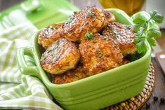 Chicken Patty Recipes, Ground Chicken Recipes, Chicken Flavors, Meat Recipes, Vegetarian Recipes, Healthy Recipes, Patty Food, Ground Chicken Burgers, Healthy Diners