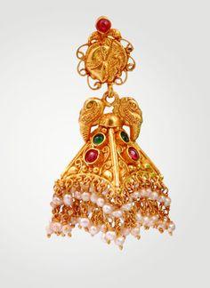 Kempu and Gold Earrings Gold Jhumka Earrings, Indian Jewelry Earrings, Gold Earrings Designs, India Jewelry, Gold Jewellery Design, Temple Jewellery, Bridal Jewelry, Gold Jewelry, Statement Earrings