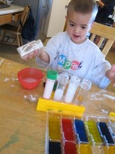 Nice set up for baking soda/vinegar/colour activity