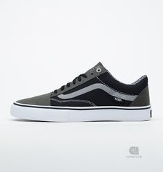 b082bf482f8d71 Buy Vans Syndicate Old Skool S at Caliroots. Article number  Streetwear    sneakers since
