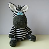 Ravelry: Gerry Giraffe and Ziggy Zebra pattern by Amanda Berry