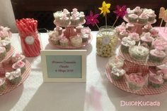 Mesa dulce Place Cards, Place Card Holders, Candy, Bar, Candy Buffet, Candy Stations, Mesas, Sweet, Toffee