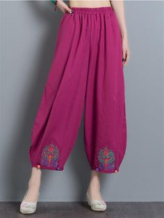 Gorgeous Vintage Embroidery Casual Loose Women Wide Leg Pants - NewChic - Lilly is Love Fashion Pants, Fashion Dresses, Salwar Pants, Pantalon Large, Pants For Women, Clothes For Women, Ladies Pants, Trousers Women, Vintage Embroidery