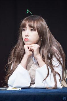 Cheng Xiao Kpop Girl Groups, Korean Girl Groups, Kpop Girls, Lee Jin, Air Force Blue, Cheng Xiao, Fan Picture, Cosmic Girls, Seong