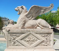 Winged lion at the Brunswick Monument...