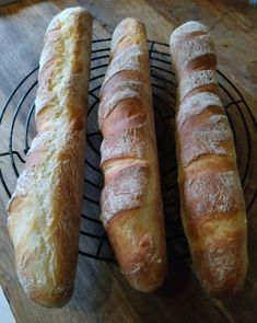 Garlic Bread, Bread Rolls, Canapes, Hot Dog Buns, Bread Recipes, Dessert Recipes, Drink Recipes, Food To Make, Sandwiches