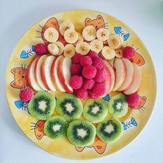 おはようございます  #朝ご飯 #朝ごはん #果物    by eva_umiki