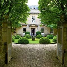 Anouska Hempel's English Country House, Cole Park.