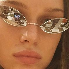 luxe eyewear x accessories Cat Eye Sunglasses, Mirrored Sunglasses, Sunglasses Women, Vintage Sunglasses, Sunglasses Accessories, Womens Fashion Online, Latest Fashion For Women, Cat Eye Colors, Grunge