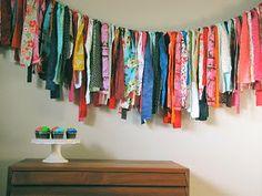 Quirky Bohemian Mama: Boho on a Budget: 10 DIY Home Decor Projects DIY bohemian Diy Home Decor On A Budget, Diy Home Decor Projects, Home Decor Items, Decor Ideas, Art Ideas, Craft Projects, Decorating Ideas, Boho Diy, Bohemian Decor