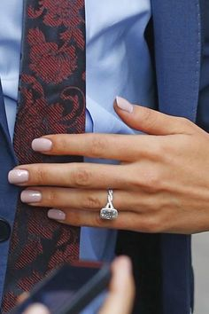 Still love 'Bachelorette' Kaitlyn Bristowe's engagement ring. Gah! So pretty.
