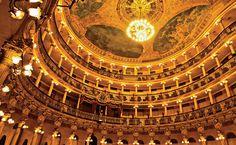 Manaus, Amazonas, Brasil - cúpula do Teatro Amazonas