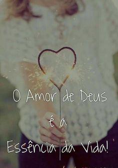 Senhor Jesus, teu amor é maior que toda dor que eu possa sentir...Senhor Jesus me coloca de pé, se eu por medo perder minha fé... Faz tua Paz em meus olhos brilhar...