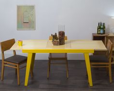 Mesa Extensível Juriti - Amarela