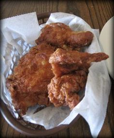 """#BucketList ~ Fried Chicken from Willie Mae's Scotch House Restaurant.  In 2005 this chicken shack won the James Beard Foundation's American Classics award.  Food & Wine also calls Willie Mae's an example of """"Best Southern Food in the U.S"""" (at http://www.foodandwine.com/slideshows/best-southern-food-in-the-us/21 )."""