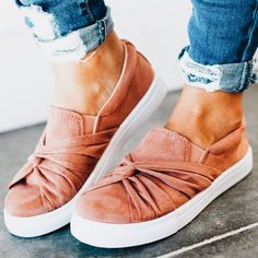 A more dressy take on the popular Vans slip on shoes. Super comfortable shoes for summer or spring. Love the blush pink trend going on this season. Casual Sneakers, Sneakers Fashion, Fashion Shoes, Sneakers Women, Slip On Sneakers, Shoes Women, Shoes Sneakers, Cute Shoes, Me Too Shoes
