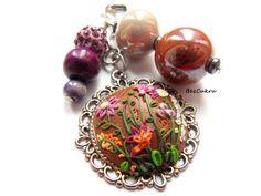 Brelok vintage z kwiatami w BezCukru - biżuteria z charakterem na DaWanda.com