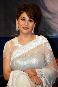 Madhuri Dixit and Juhi Chawla act Gulaab gang First Day Box Office Collection is crore Indian Rupee Source by Indian Bollywood Actress, Beautiful Bollywood Actress, Most Beautiful Indian Actress, Bollywood Saree, Bollywood Fashion, Indian Actresses, Madhuri Dixit Saree, Sabyasachi, White Saree