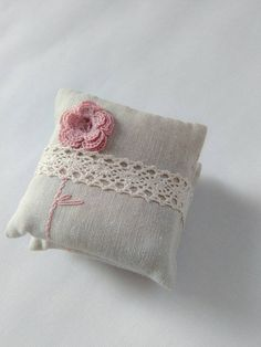 Set of 3 mini pillows with a hand crochet rose, filled with a dry lavender flowers and polymer for soft touch! Size: 9x9 cm Material: cotton thread and cotton fabric Nice dusty pink and natural beige colors. Can be used as a: - baby shower gift - wedding favors - mother day gifts - home decoration - wardrobe or home fragrances - etc.  A touch of rustic, made with a passion in a clean , smoke and pet free environment If you have a special requests or need a custom order feel free to contact…