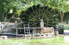 Fontaine-de-Vaucluse Water Wheels, Big Spring, Water Mill, Big Wheel, Images Google, France, Old Buildings, Marina Bay Sands, Provence