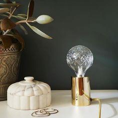 LADY 8422 Green Marble er en dyp grønntone for de som søker dybde i… Jotun Lady, Green Marble, Bathroom Inspiration, House Painting, Frisk, Candle Holders, New Homes, Colours, Photo And Video