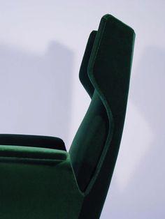 A Breathtaking Pair Of Italian 1950's Armchairs 2