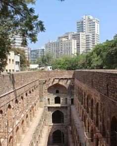 Climber & Explorer: Places to visit in Delhi: Ugrasen ki Baoli