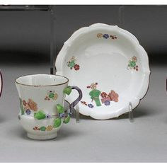 A RARE CHANTILLY KAKIEMON CUP AND SAUCER CIRCA 1740-50