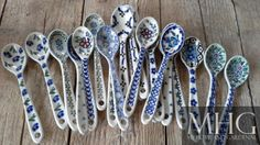 Bunzlau Castle Hand Painted Ceramics, Porcelain Ceramics, Blue And White Dinnerware, White Heaven, Ceramic Spoons, Blue China, Polish Pottery, Ceramic Painting, White Porcelain