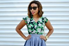 Fallon of sageandsparkle.com is stunning in the Trashy Diva Louise Top in the crepe myrtle print. We love how she tucked the blouse into the Gathered Mini Skirt.
