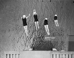Stock Photo : Synchronized Dive