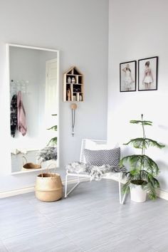Hallway – Home Decor Designs Dream Rooms, Dream Bedroom, Couples Apartment, Interior Styling, Interior Design, Tiny Spaces, Hallway Decorating, Decorating Ideas, Beautiful Interiors