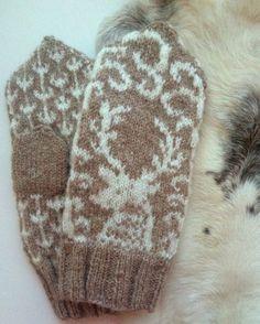 I Snötyngd Skog – Dela dina vantar! Knitted Mittens Pattern, Knit Mittens, Knitting Socks, Mitten Gloves, Diy Crafts Knitting, Fair Isle Pattern, Fair Isle Knitting, Knit Crochet, Tatting