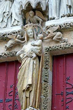 AMIENS Cathedral of Our Lady of Amiens (Cathédrale Notre-Dame d'Amiens), Amiens, Picardie (Picardy), France by Loïc BROHARD, via Flickr
