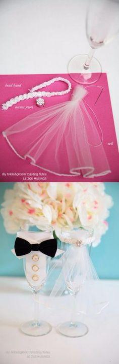 Vestidos miniatura para copas de novios