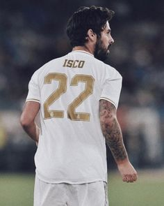 Real Madrid have announced the playmaker is set for a spell on the sidelines Spanish. Isco Real Madrid, Real Madrid Team, Real Madrid Football, Real Madrid Players, Real Madrid Manchester United, Manchester City, Fifa, Real Madrid Wallpapers, Barcelona Soccer