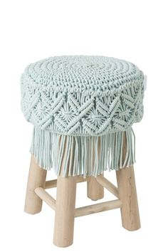 You are in the right place about home design drawing Here we offer you the most beautiful pictures a Macrame Purse, Macrame Plant Hangers, Macrame Knots, Art Macramé, Online Home Design, Macrame Chairs, Macrame Design, Macrame Tutorial, Macrame Projects