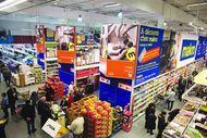 Présent e,n Europe, Makro propose eux particuliers comme entreprise, une offre à la fois alimentaire et non-alimentaire.