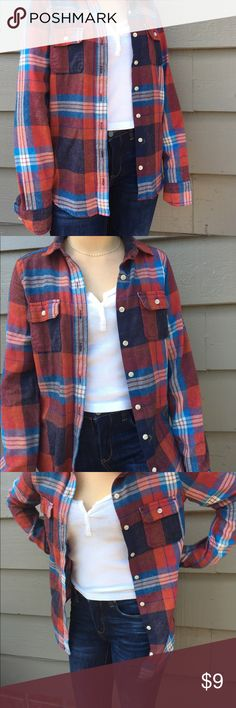 Red white and blue flannel This super cute oversized flannel is from target. It fits really nice and goes with a lot, in really good condition. Mossimo Supply Co Tops Button Down Shirts