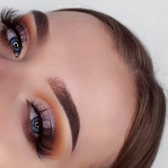 This picture is just GOALS! We are always looking for new eyeshadow looks and tutorials for eye colors. Our calendar will help you stay on top of when the latest makeup eyeshadow palettes are being released! #eyeshadows