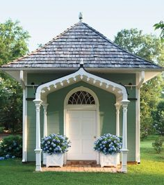 Fifty different spaces to be used as garden sheds, craft workshops, relaxation spots, etc.  Love, love, love!!