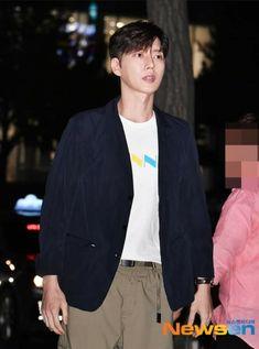 Jin, Breast, Suit Jacket, Blazer, Suits, Park, Jackets, Fashion, Down Jackets