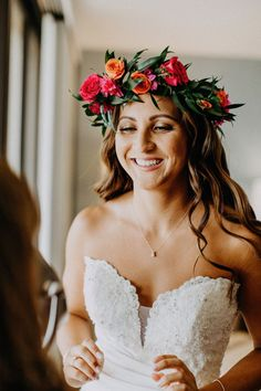 52 Ideas For Beach Wedding Flowers Crown Hawaiian Wedding Flowers, Floral Crown Wedding, Bridal Crown, Bridal Flowers, Hawaiian Flower Crown, Bridal Flower Crowns, Wedding Crowns, Hair Flowers, Sunset Wedding