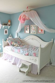 Girls Canopy Bed Soft Blue