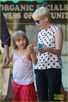 Heath Ledger's little girl, Matilda, walking with her mom, Michelle Williams.