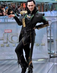 Read Loki et Thor images from the story Mon rantbook by Nutellamendes (Clara HiddKiworth) with 41 reads. Plein d'image sur Thor et Loki (bon y en a plus. Marvel Man, Ms Marvel, Man Thing Marvel, The Avengers, Marvel Avengers Movies, Marvel Jokes, Marvel Actors, Marvel Funny, Loki Thor