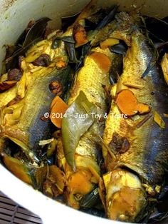 Just Try & Taste: Homemade Bandeng Presto Fish Recipes, Seafood Recipes, Asian Recipes, Cooking Recipes, Ethnic Recipes, Indonesian Desserts, Indonesian Cuisine, Indonesian Recipes, Food N